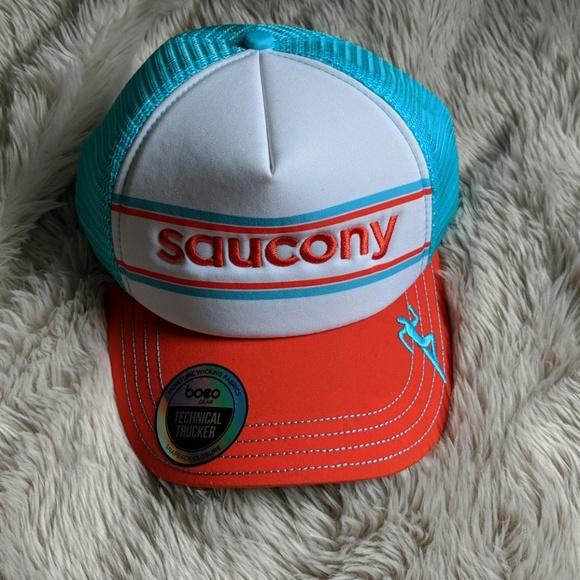 Saucony Technical Trucker. M 5b12b9bc5c445260962378ca 07ad3d7dbff